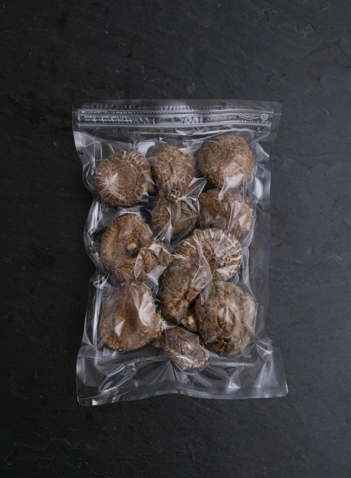 洋野町産 乾燥原木椎茸 香菇(こうこ)90g